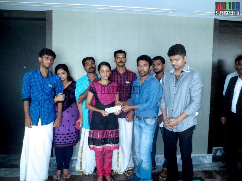 Actor Vijay Meets Unnikrishnan Family