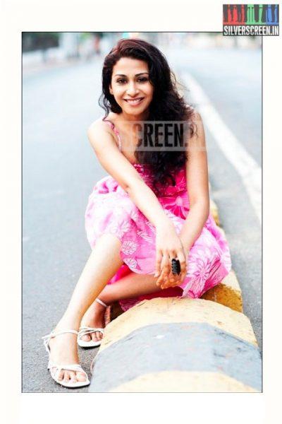 actress-gayathri-iyer-photoshoot-stills-002