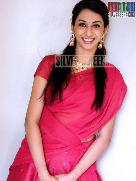 actress-gayathri-iyer-photoshoot-stills-021