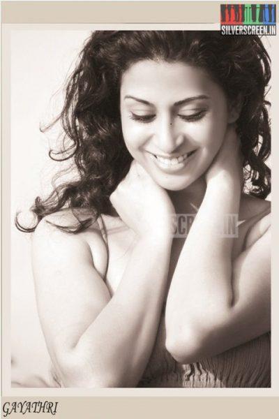 actress-gayathri-iyer-photoshoot-stills-024