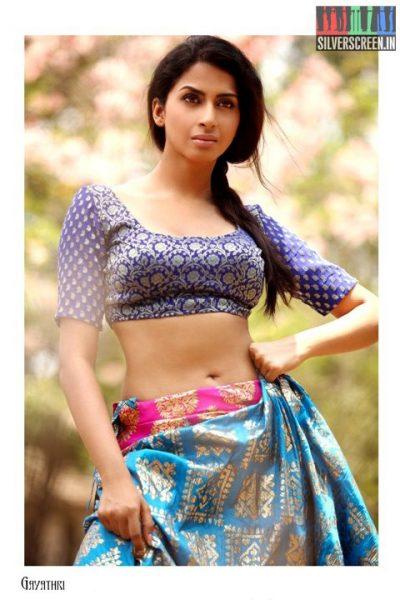 actress-gayathri-iyer-photoshoot-stills-032