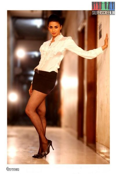 actress-gayathri-iyer-photoshoot-stills-034