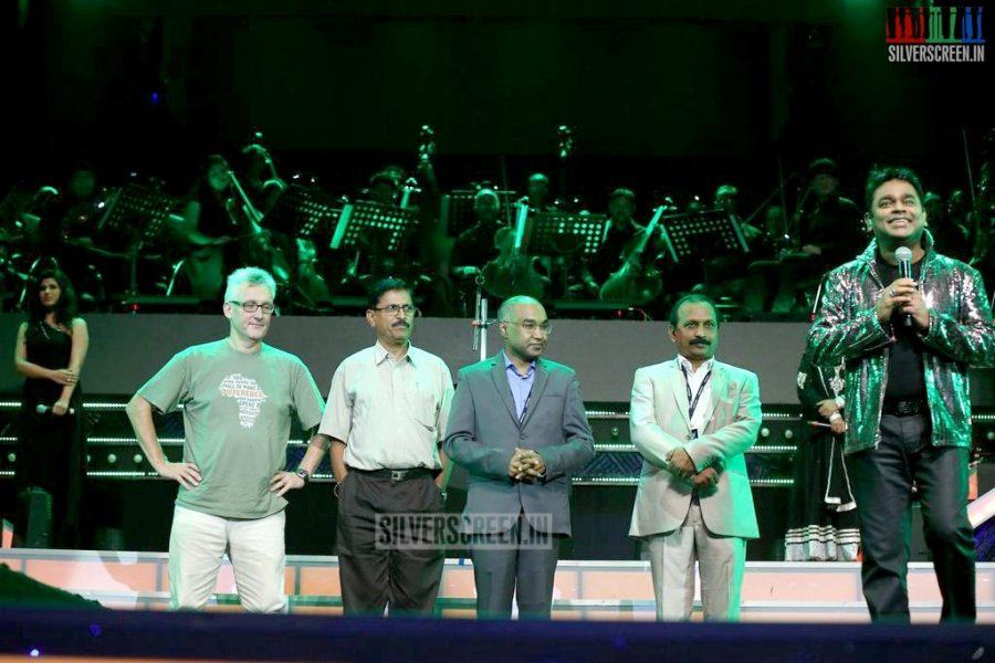 ar-rahman-news-7-global-concert-stills-003
