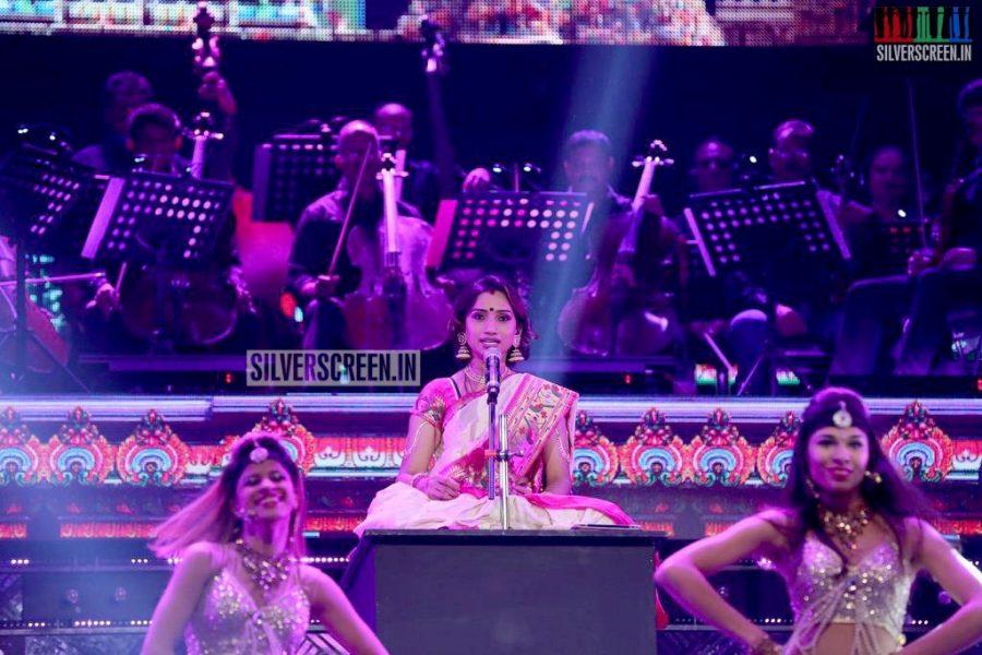 ar-rahman-news-7-global-concert-stills-004