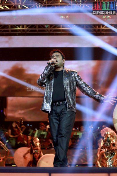 ar-rahman-news-7-global-concert-stills-013