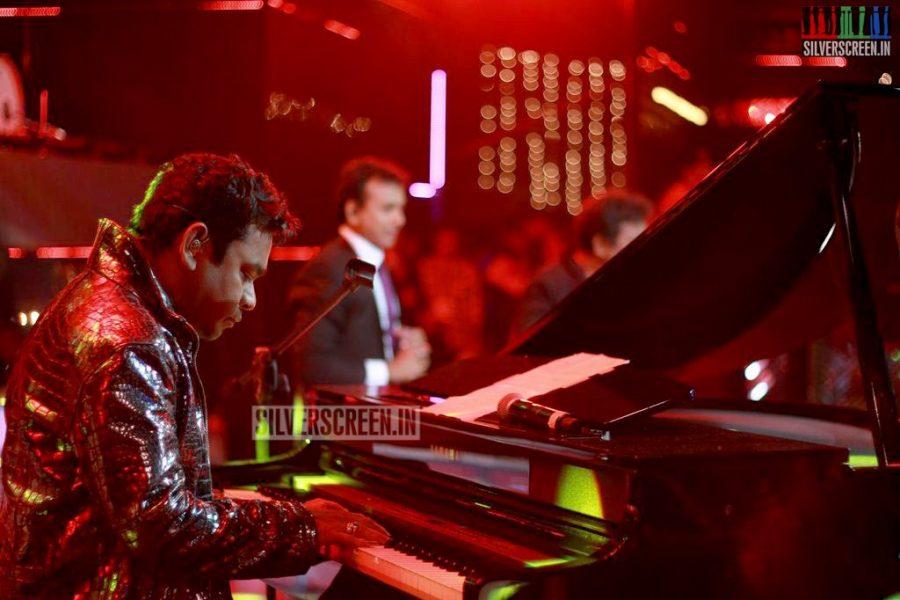 ar-rahman-news-7-global-concert-stills-018