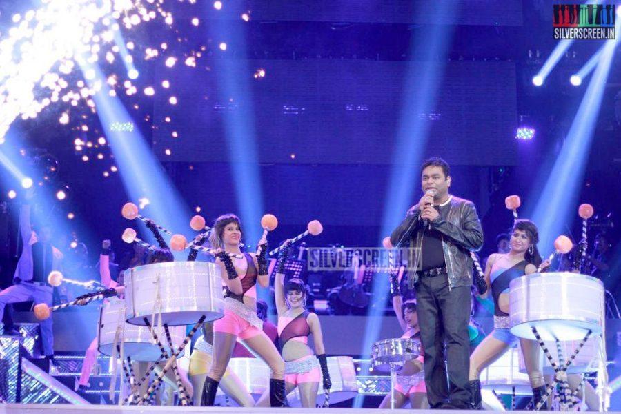 ar-rahman-news-7-global-concert-stills-038