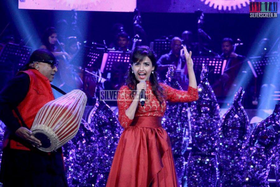 ar-rahman-news-7-global-concert-stills-042