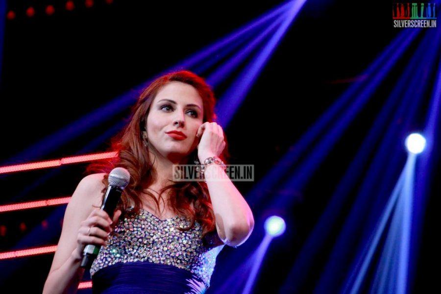 ar-rahman-news-7-global-concert-stills-050