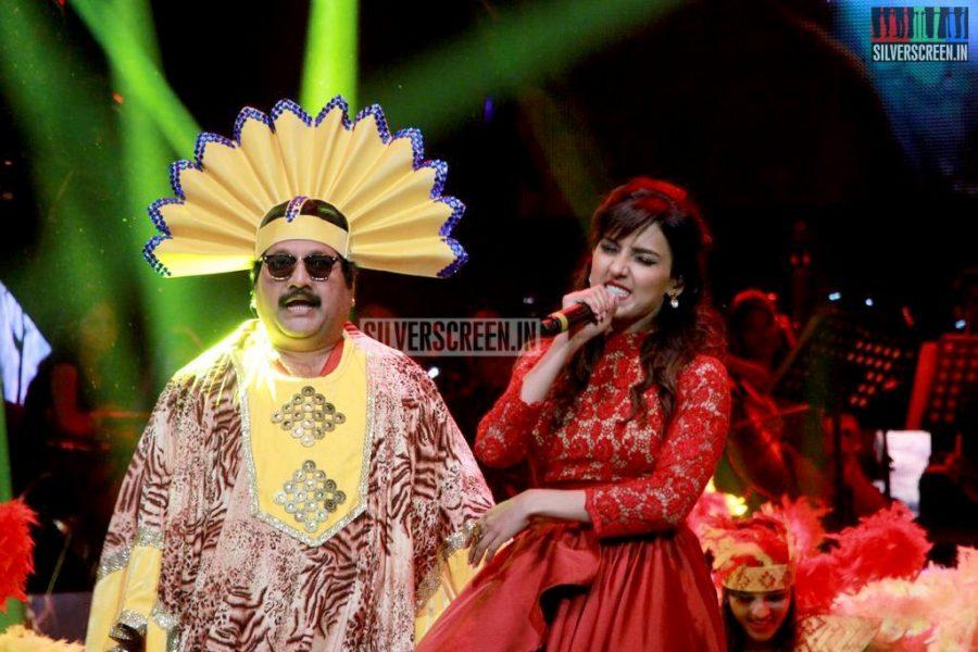 ar-rahman-news-7-global-concert-stills-052