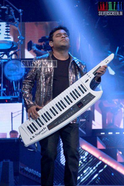 ar-rahman-news-7-global-concert-stills-053