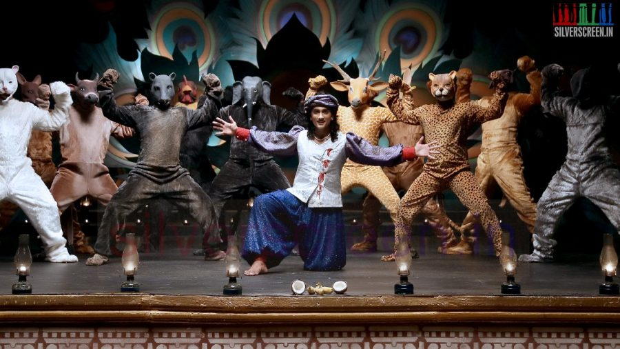 kaaviya-thalaivan-movie-stills-005
