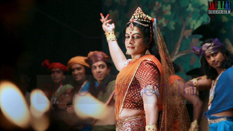 kaaviya-thalaivan-movie-stills-010
