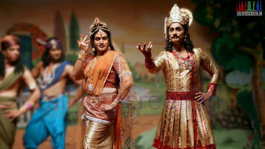 kaaviya-thalaivan-movie-stills-011