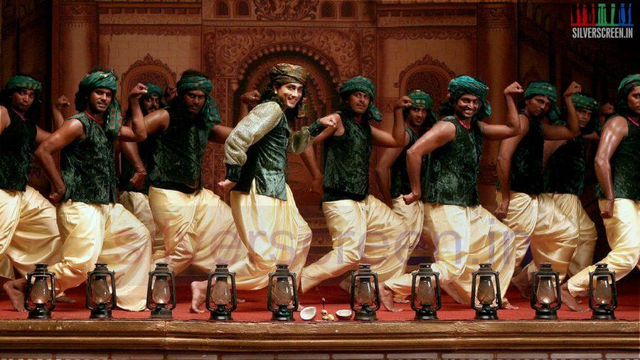 kaaviya-thalaivan-movie-stills-014
