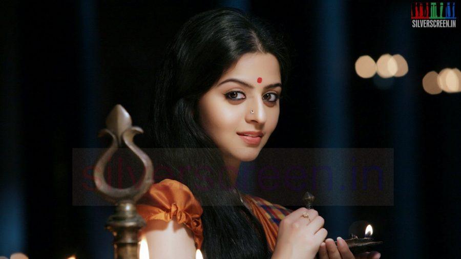 kaaviya-thalaivan-movie-stills-020