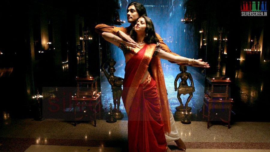 kaaviya-thalaivan-movie-stills-026