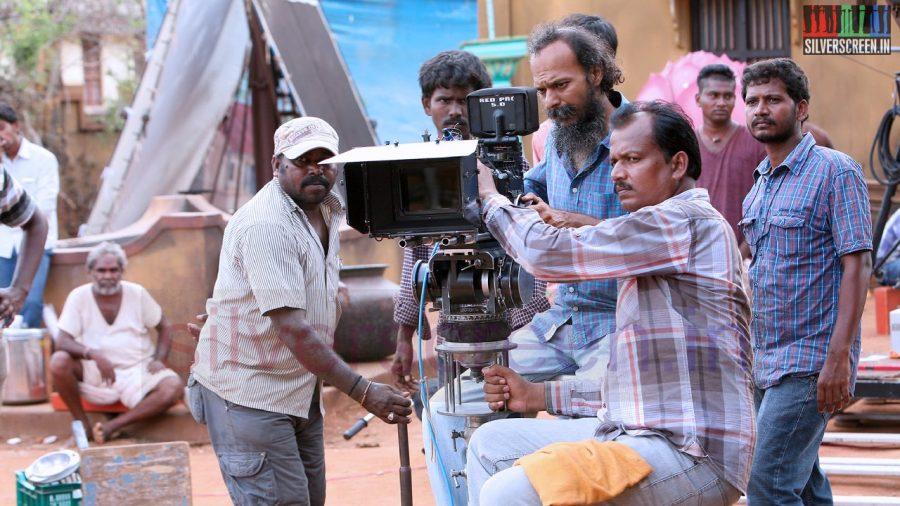 kaaviya-thalaivan-movie-stills-030