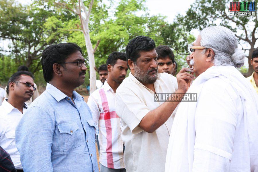 Kaaviya Thalaivan Movie Working Stills