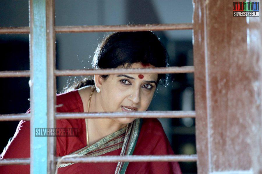 kaaviya-thalaivan-movie-stills-064