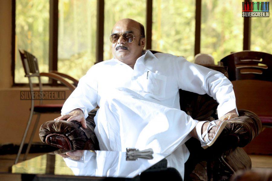 kaaviya-thalaivan-movie-stills-069