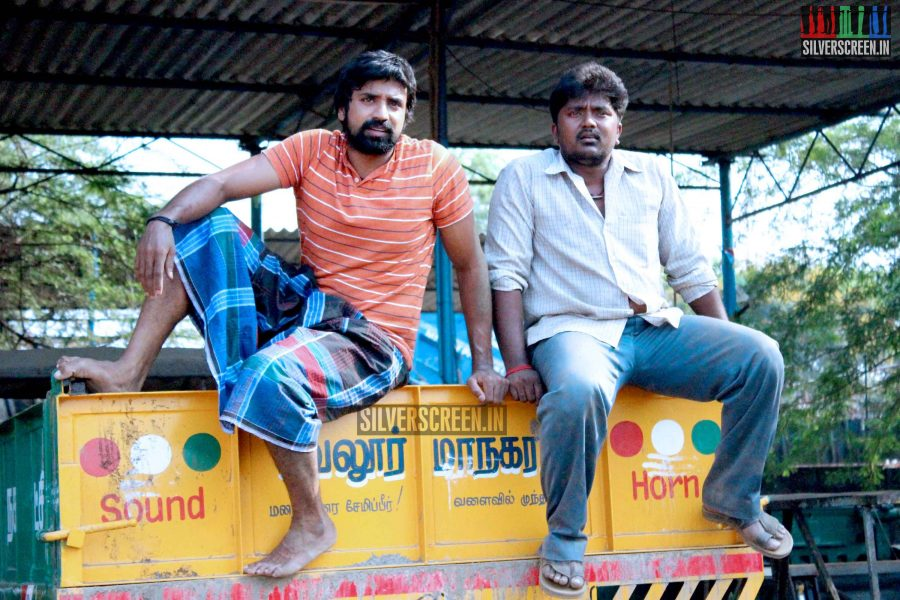 kaaviya-thalaivan-movie-stills-075