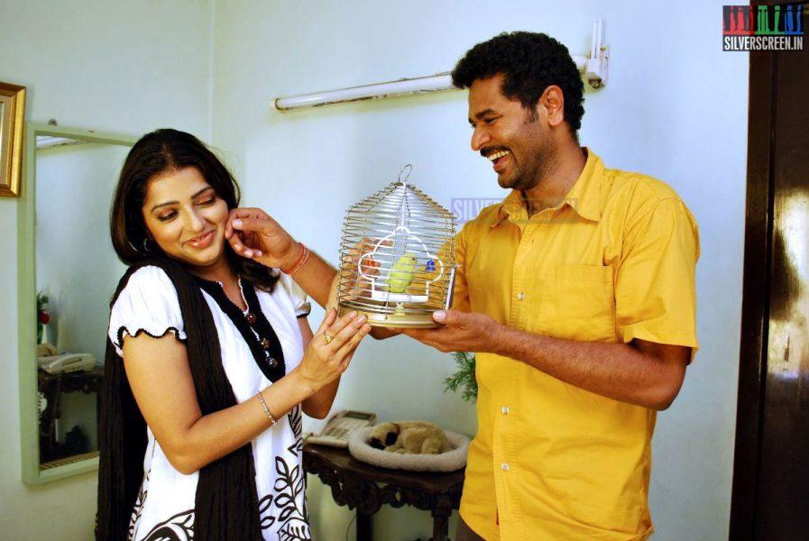 kalavaadiya-pozhuthugal-movie-stills-002
