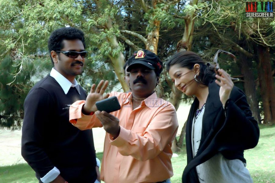 kalavaadiya-pozhuthugal-movie-stills-011