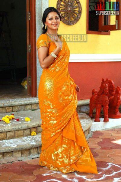 kalavaadiya-pozhuthugal-movie-stills-020