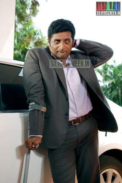 kalavaadiya-pozhuthugal-movie-stills-021