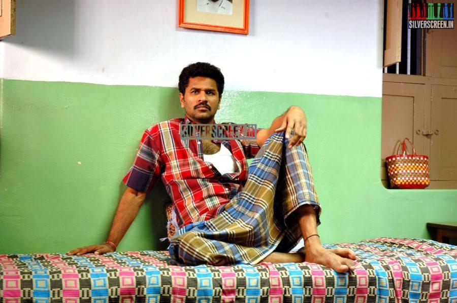kalavaadiya-pozhuthugal-movie-stills-022