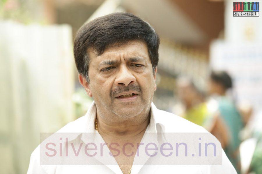 Actor YG Mahendran in Nerungi Vaa Muthamidathe Movie Working Stills