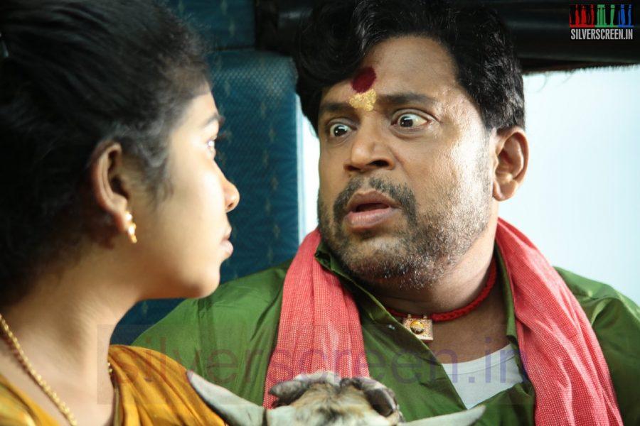 Actor Thambi Ramaiah in Nerungi Vaa Muthamidathe Movie Working Stills