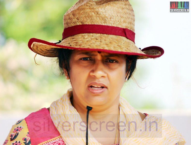 Director Lakshmy Ramakrishnan in Nerungi Vaa Muthamidathe Movie Working Stills