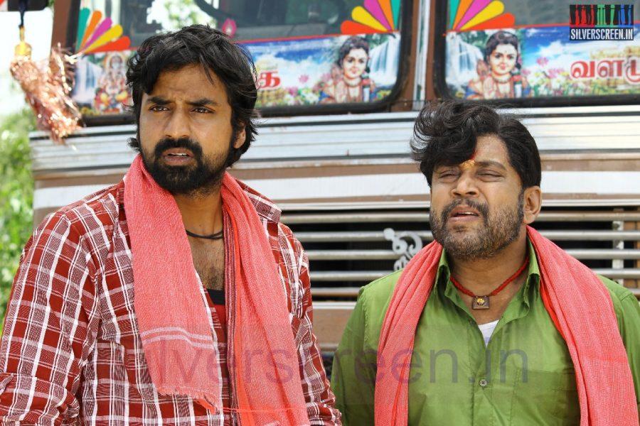 Actor Thambi Ramaiah and Shabeer in Nerungi Vaa Muthamidathe Movie Working Stills