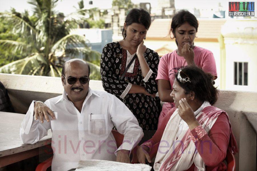 Producer AL Alagappan and Director Lakshmy Ramakrishnan in Nerungi Vaa Muthamidathe Movie Working Stills