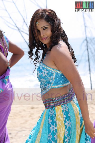 Actress Hashika in 1 Pandhu 4 Run 1 Wicket Movie Stills