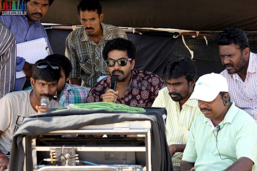 1 Pandhu 4 Run 1 Wicket Movie Stills