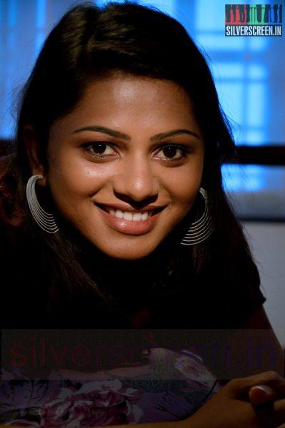 nanayatha-mazhaiye-movie-stills-008