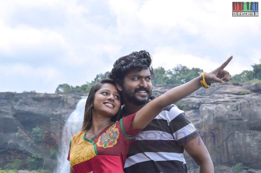 nanayatha-mazhaiye-movie-stills-036