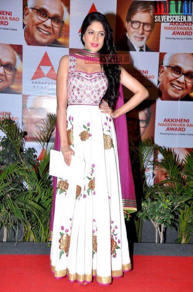 actress-lavanya-tripathi-at-anr-awards-2013-photos-004.jpg