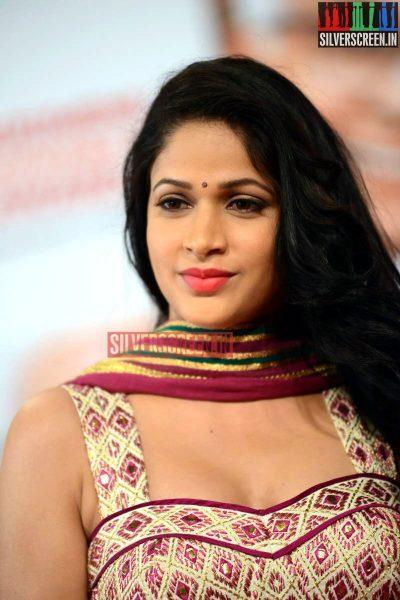 actress-lavanya-tripathi-at-anr-awards-2013-photos-031.jpg