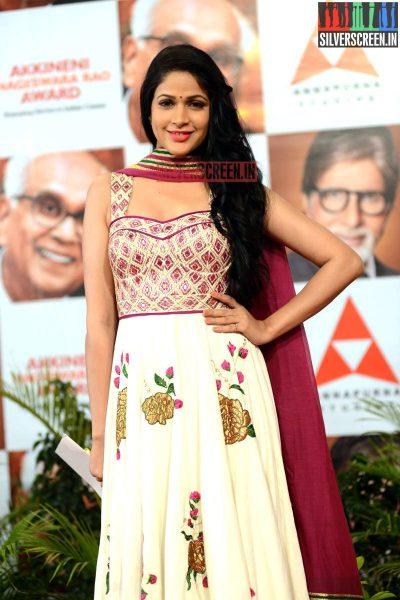 actress-lavanya-tripathi-at-anr-awards-2013-photos-033.jpg