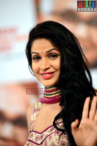 actress-lavanya-tripathi-at-anr-awards-2013-photos-037.jpg
