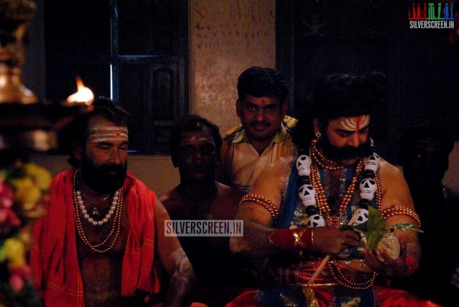 Otha Kal Mandapam Movie Stills