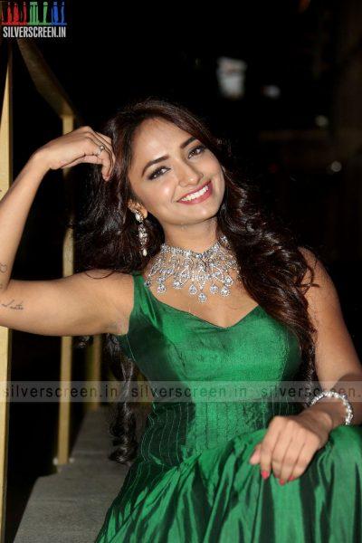 actress-jiya-hyderabad-love-story-audio-launch-photos-003.jpg