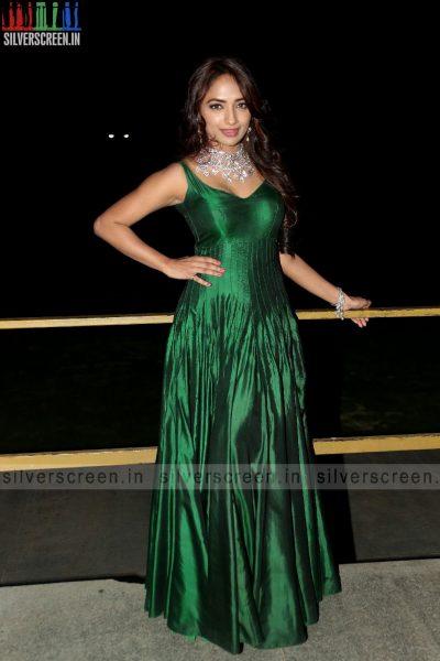 actress-jiya-hyderabad-love-story-audio-launch-photos-007.jpg