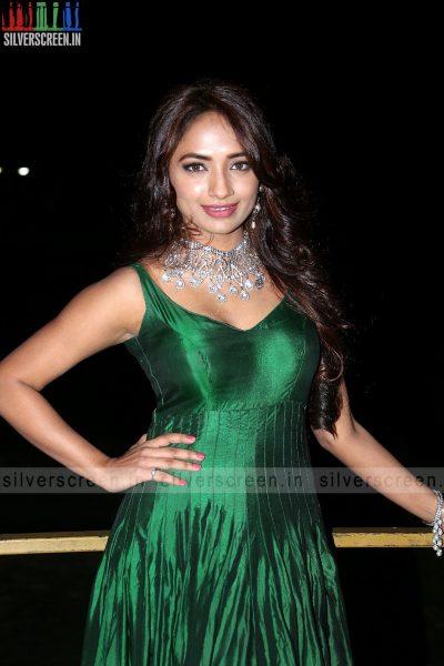actress-jiya-hyderabad-love-story-audio-launch-photos-008.jpg
