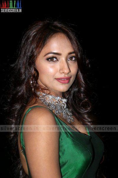 actress-jiya-hyderabad-love-story-audio-launch-photos-020.jpg