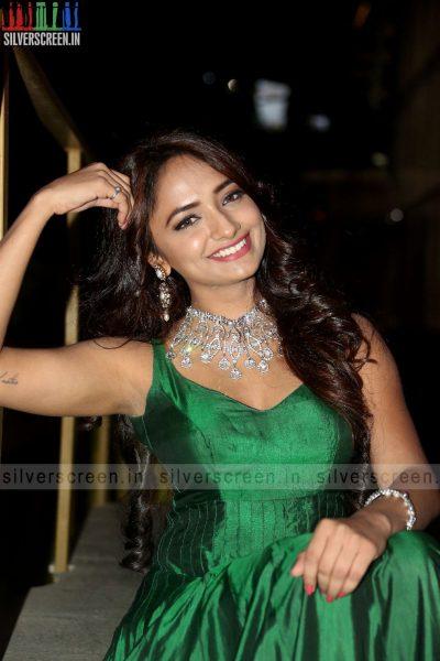 actress-jiya-hyderabad-love-story-audio-launch-photos-025.jpg